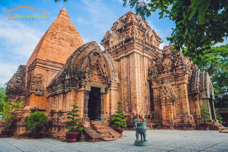Tháp Po Nagar Nha Trang