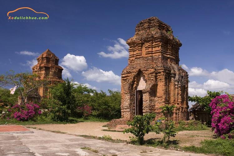 Tháp Poshanư Mũi Né