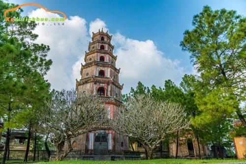 kiến trúc chùa linh mụ