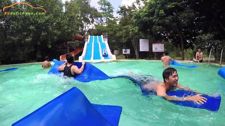 khách sạn ở suối nước nóng thanh tân