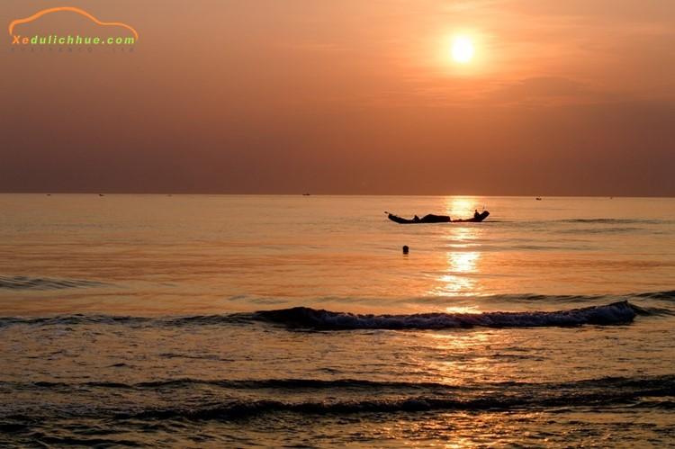 Khám phá biển Thuận An Huế
