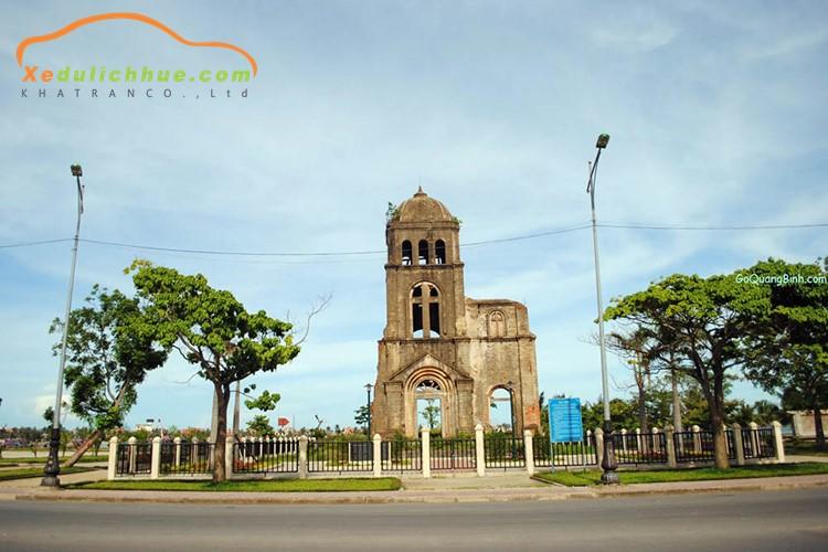 Tháp chuông Tam Tòa