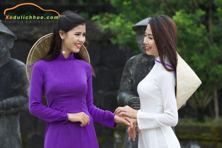 Duyên dáng áo dài Huế – nét đẹp mộng mơ đất Cố đô