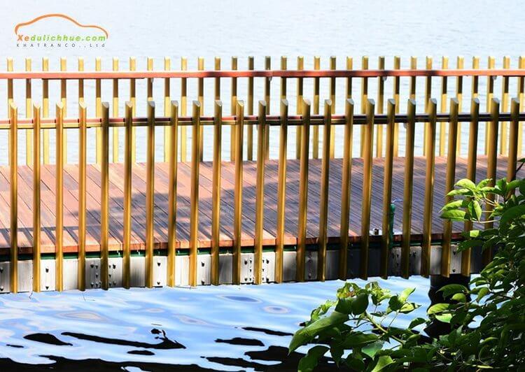Cầu gỗ lim Huế