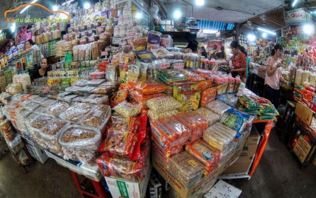 các mặt hàng tại chợ Đông Ba