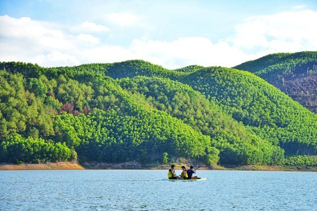 hồ chứa nước Khe Ngang huế